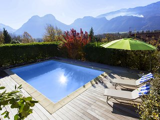 House 9p with pool, views near Lake Annecy
