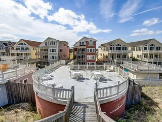 A Big Catch | Oceanfront | Dog Friendly, Private Pool, Hot Tub | Kill Devil Hill