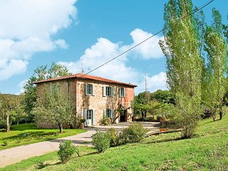4 bedroom Apartment in Bucine, Tuscany, Italy : ref 5446245