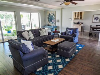 Casual Luxury In Paradise - 3 Blocks From Intracoastal