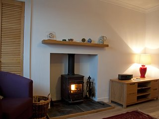 Comfortable Flat in Friendly Village with Stunning Coastal Views
