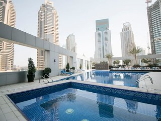 Skyv - ST/DM/SV#1108 · Lovely Sea Views Studio In Heart of Dubai Marina!