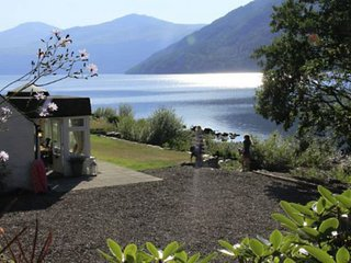 Taymouth Marina - Lochside Cottage