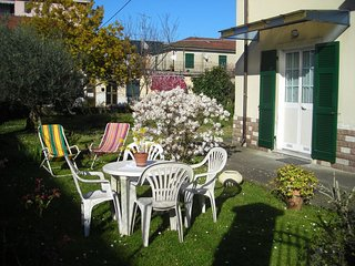 Holidays flat in a quiet area, near 5 Terre, Lerici, Portovenere, Gulf of Poets