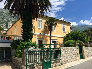 Villa Miramare Apartment Rosa, Kotor