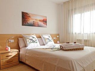 Apartamento ' El Lila - 2 ' ( Parking incluido )