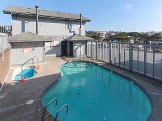 NEW LISTING! Oceanfront studio condo w/seasonal shared pool - walk to beach