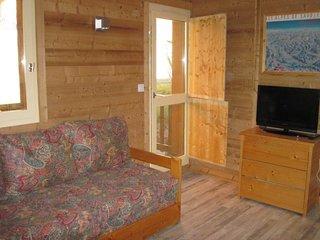 Bel appartement renove proche espace Paradisio