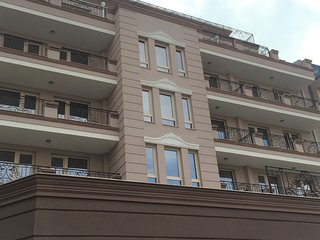 Kapana Luxury City Center Apartment with Free Garage