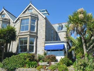 Channings St Ives. A Luxury Period House with Panoramic Sea Views from all Rooms