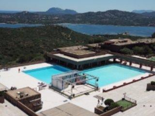 Casa Vacanze vista mare a Olbia Cugnana Verde, vacation rental in Cugnana Verde