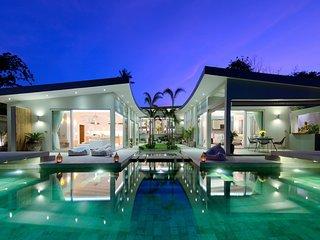 Villa Playa - Luxury Beachside 5 Bedroom Villa