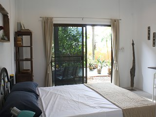 Charming Daisy Homestay Rawai Phuket 5 mins to best beach