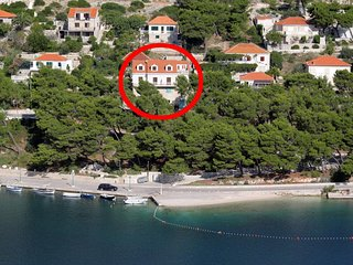 Three bedroom apartment Pucisca, Brac (A-9697-a)