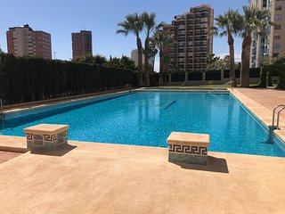 APARTMENT IN PONIENTE BEACH