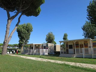 2 bedroom Apartment in Acilia-Castel Fusano-Ostia Antica, Latium, Italy : ref 56