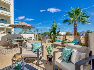 RESORT CONDO WITH OVERSIZED LUXURY PRIVATE PATIO TO ENJOY SUNNY ARIZONA! Minimum