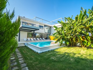 Prestige 2 Luxury Villa, 250m From Agioi Apostoloi Beach Chania