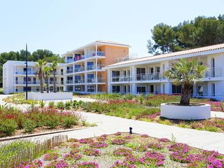 1 bedroom Apartment in Saint-Elme, Provence-Alpes-Cote d'Azur, France : ref 5683