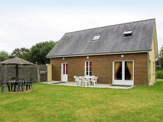 3 bedroom Villa in Saint-Laurent-sur-Mer, Normandy, France - 5683835
