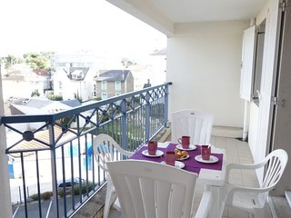 2 bedroom Apartment in Vaux-sur-Mer, Nouvelle-Aquitaine, France - 5046834