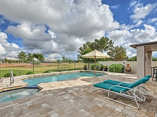 NEW-Gilbert House w/Pool & Hot Tub on Golf Course!