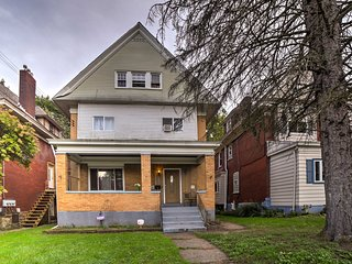 NEW! Cozy Pittsburgh Home w/ Porch Near Downtown!