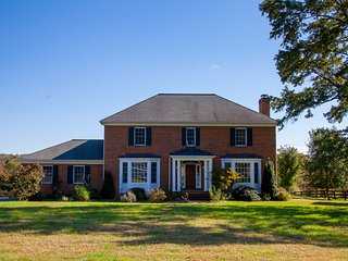 Vinland Farm | Beautiful Large Virginia Home in Keswick-Min from Downtown Cville