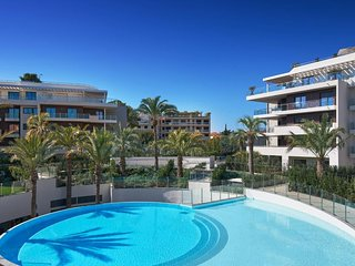 Luxury in Cap d'Antibes/Juan Les Pins with stunning pools, spa and tennis court
