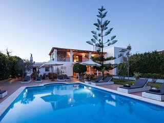 5 bedroom Villa in Puig d'en Valls, Balearic Islands, Spain - 5621474