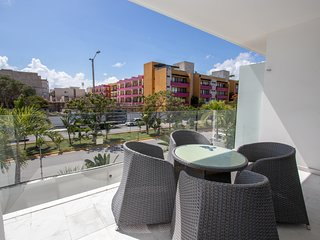 Modern 1 Bedroom in Central Playa Near 5th - Yucatan