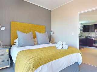 Table Mountain Erica – Digital SoUK - large balcony