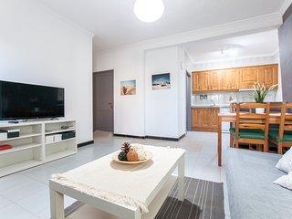 Apartamento Playa del Hombre con terraza y WIFI gratis