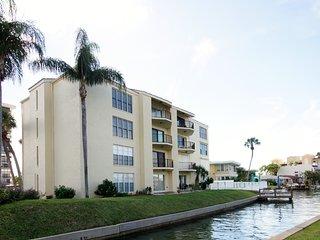 Island Estates Clearwater Beach Waterfront Condomimium