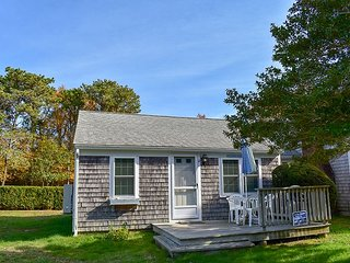 Two bedroom duplex located .4 miles to Glendon Road Beach