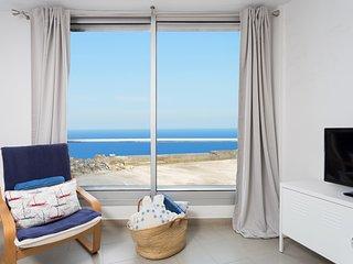Bajamar Beach Apartment with free WIFI