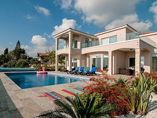 Villa Ravel: Super Luxury Villa With Private Pool