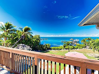 Updated Gulf-Front 4BR w/ Big Views, Private Pool, Sunroom & Superb Sunsets