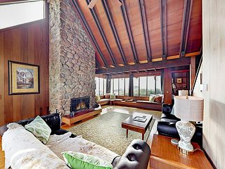 Sunny 2BR w/ Stylish Redwood Interior, Huge Windows & Sweeping Pacific Views