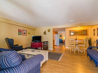 Enjoy Nearby Goose Rocks Beach In A Cheery Condo With Sunny 250 SF Deck
