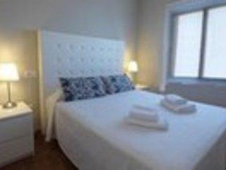 GOLETA . Apartamento de 2 dormitorios con terraza al mar