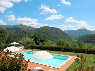 1 bedroom Apartment in Pian dei Berci, Tuscany, Italy : ref 5447117