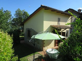 2 bedroom Apartment with Pool and WiFi - 5447826