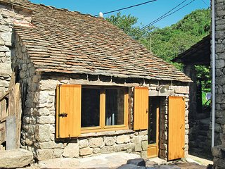 1 bedroom Villa in Sainte-Marguerite-Lafigere, Auvergne-Rhone-Alpes, France : re