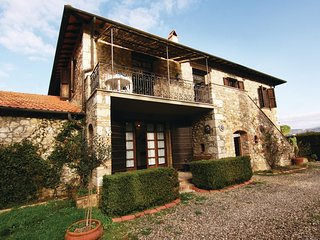 2 bedroom Apartment in Casa Cavallini, Tuscany, Italy : ref 5523589