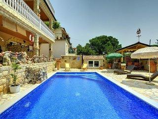 1 bedroom Apartment in Medulin, Istria, Croatia : ref 5610618
