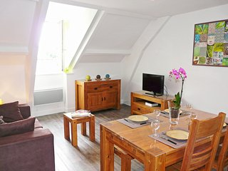 2 bedroom Apartment in Paramé, Brittany, France : ref 5541526