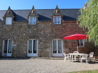 2 bedroom Villa in Plouhinec, Brittany, France : ref 5441379