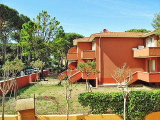 1 bedroom Apartment in Marina di Bibbona, Tuscany, Italy : ref 5446448