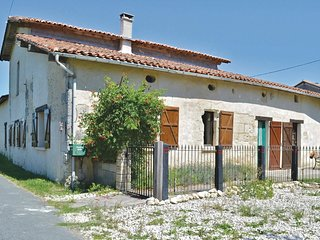 3 bedroom Villa in Chassaignes, Nouvelle-Aquitaine, France : ref 5565388